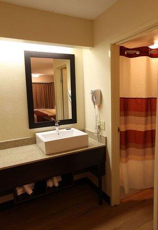 Amherst, Νέα Υόρκη: Bathroom