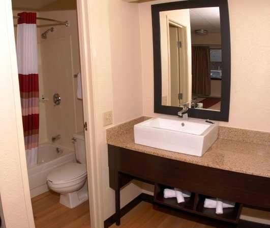Lutherville Timonium, MD: Bathroom