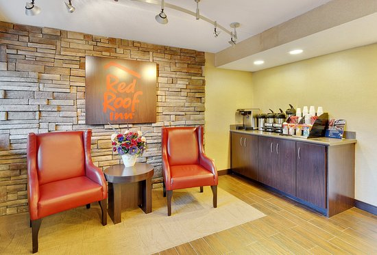 Red Roof Inn Detroit – Dearborn/Greenfield Village: Lobby