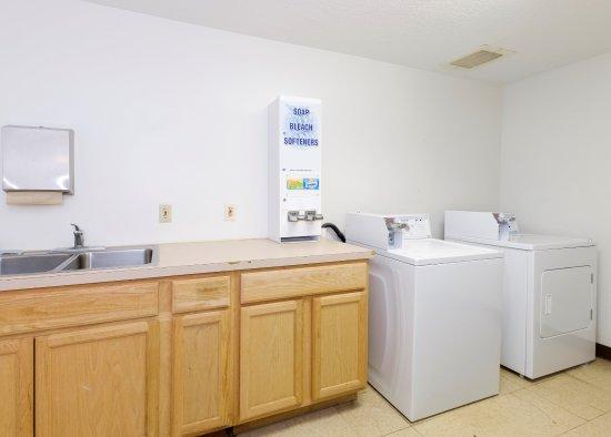 Troutville, VA: Laundry