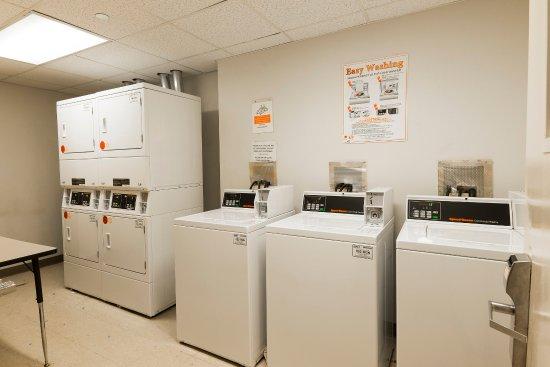 Westbury, NY: Guest Laundry