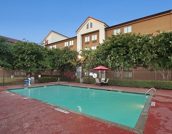 Red Roof PLUS+ Austin - South: Pool