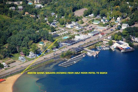 Weirs Beach, NH: Motel Beach Distance