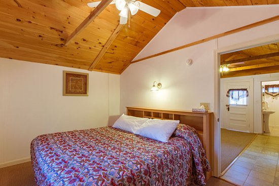Weirs Beach, NH: King Bedroom of Cottage #12