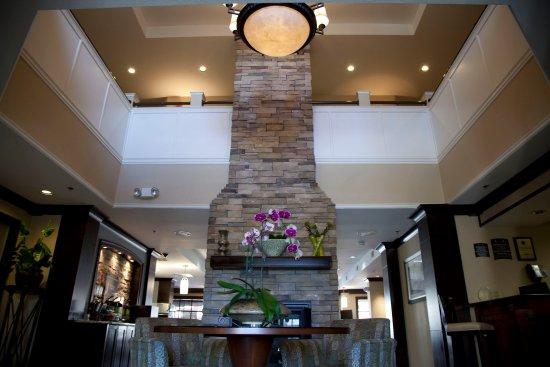 San Bruno, CA: Lobby Lounge
