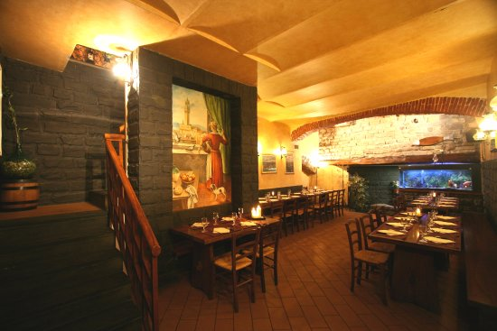 Photo of Italian Restaurant I Ghibellini at Piazza Di San Pier Maggiore, 8, Florence, Italy