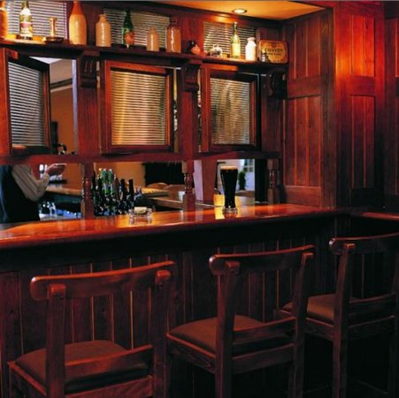 Macreddin Village, Ireland: Bar/Lounge