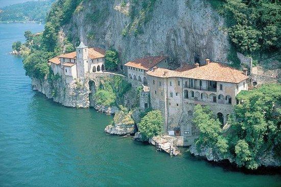 Vergiate, Italien: Exterior