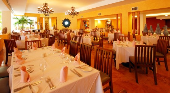 Grand Oasis Palm: Dining