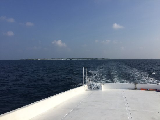 Lhaviyani Atoll: Good Boat trip from Kuredu.
