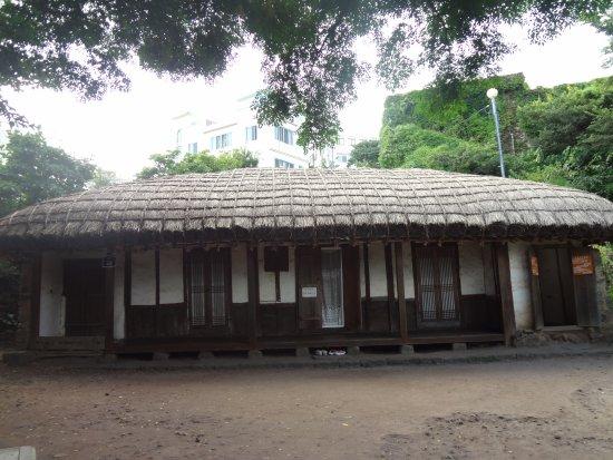 イジュンソップ 美術館