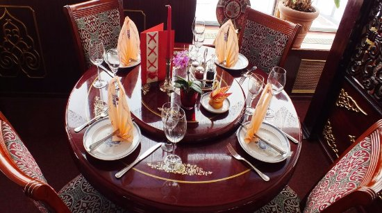 Laboe, Alemania: Eine besondere Spezialität des Hauses ist die Peking-Ente - hier ist der Tisch dafür gedeckt.