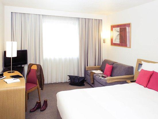 諾沃特安內西中央阿特里亞酒店