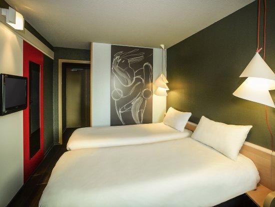 Saint-Lo, فرنسا: Guest Room