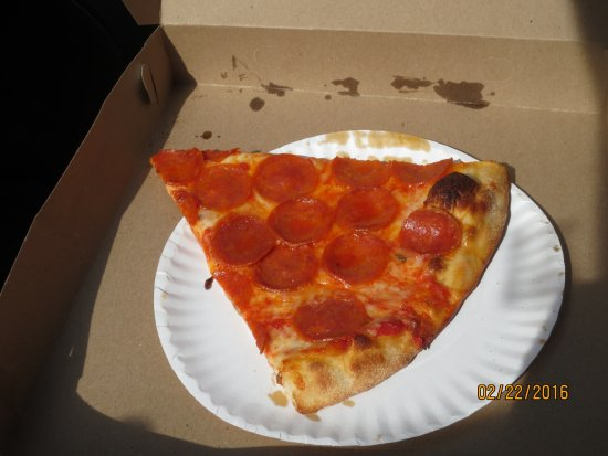 Southington, CT: slice of pepperoni pizza