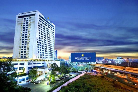Photo of Golden Tulip Sovereign Hotel Bangkok