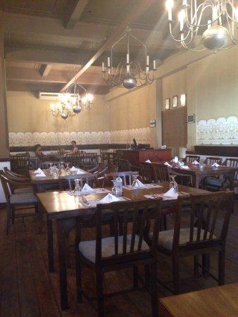 White House Restaurant: photo0.jpg