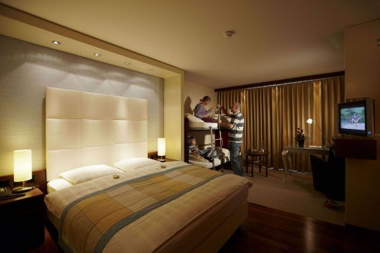 Abtwil, Suíça: Comfort Family Room