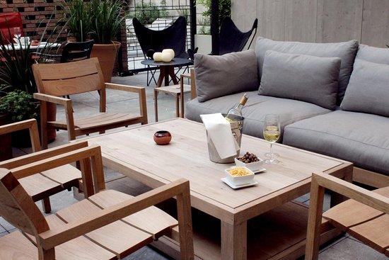 Alexandra Barcelona A DoubleTree By Hilton: Patio, Terrace & Pool