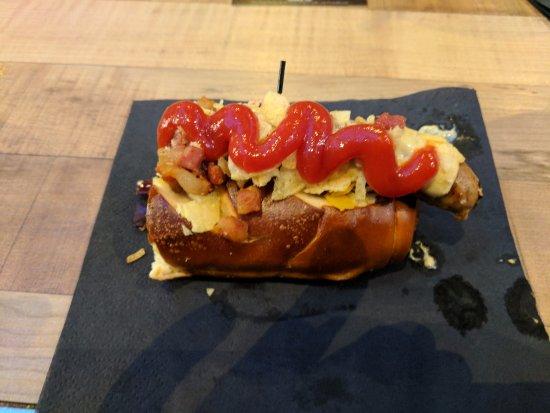Foodhallen: pretzel bun hotdog