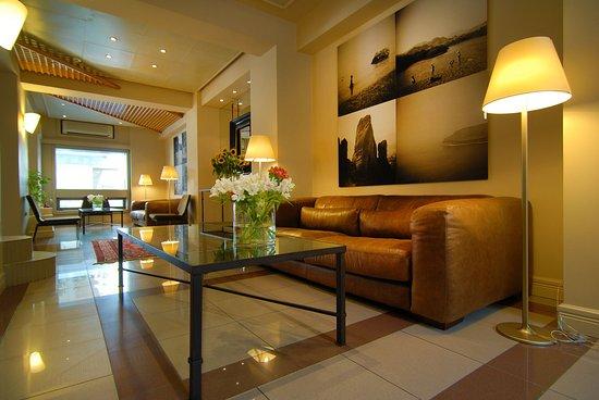 Philippos Hotel: Hotel Lobby