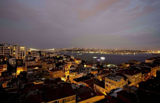 Cihangir Hotel: Bosphorus View Room