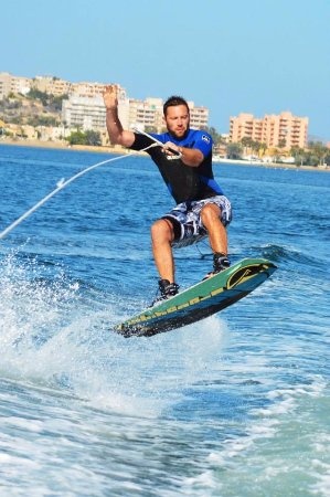 Cabo de Palos, สเปน: wakeboarding and water skiing