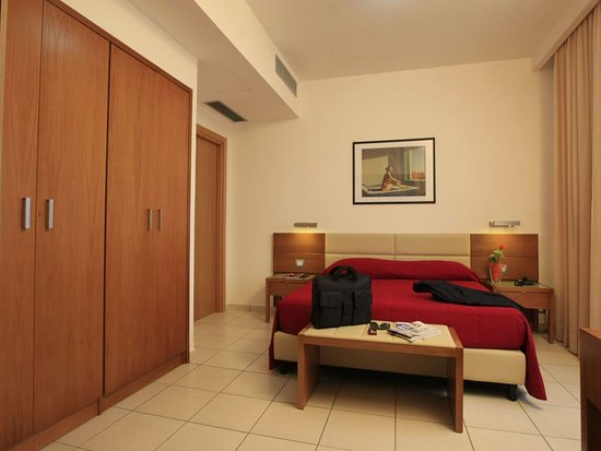 Varcaturo, Italy: King Double Room