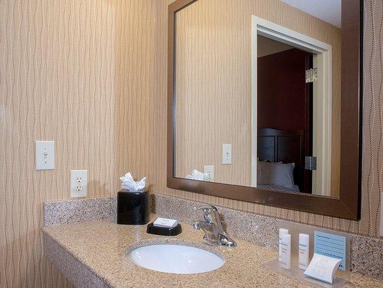 วูดสต็อก, เวอร์จิเนีย: Bath Vanity