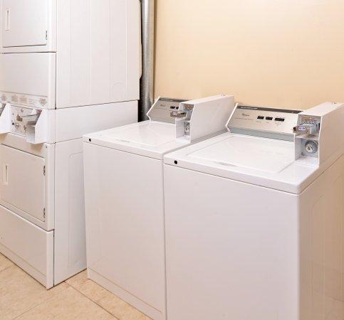 Locust Grove, GA: Coin Laundry