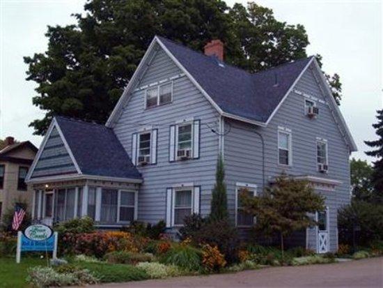 Girard, Pensilvanya: exterior