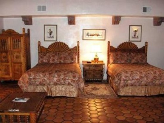 Espanola, NM: Guest Room (OpenTravel Alliance - Guest room)