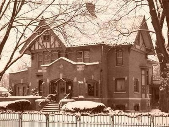 Photo of Ironhedge Inn Bed and Breakfast West Dundee
