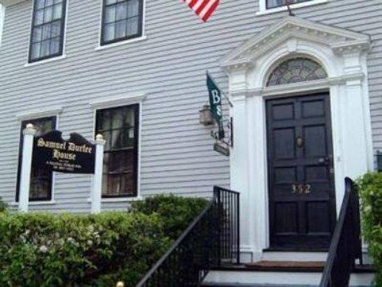 Samuel Durfee House: Exterior Front