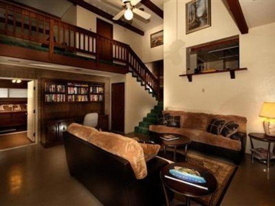 Cottonwood, AZ: Interior Lobby