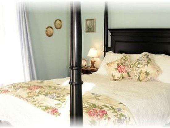 Warner, NH: Guest Room