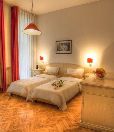 Hotel Suite Home Prague: Superior Suite Room