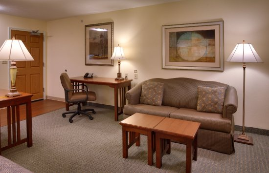 Staybridge Suites Omaha 80th & Dodge: Every Room a Suite