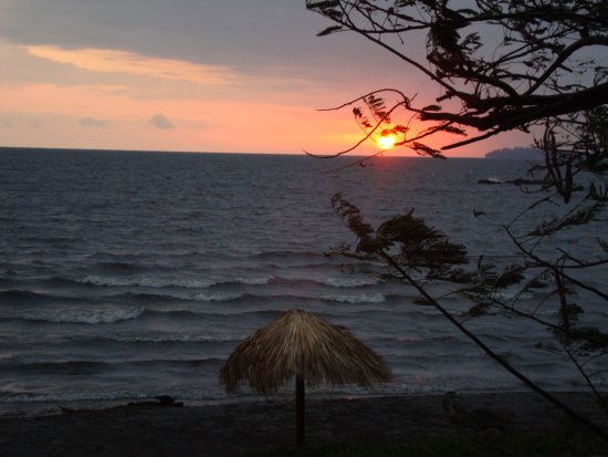 Altagracia, Nicaragua: Alba sul lago vista dal bungalow