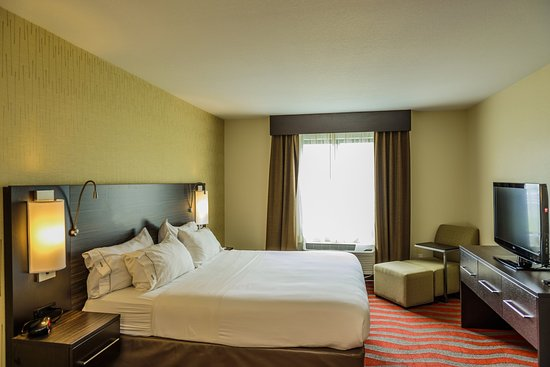 Holiday Inn Express and Suites - Bradford: Guest Room