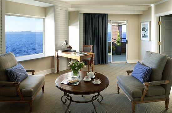 Kirkland, WA: Woodmark Hotel_Interior_Suite_Lk Wa Suite_Living Room