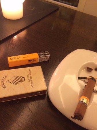 Achenkirch, Austria: Sala fumatori! Un bel Cohiba dopocena!