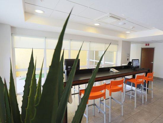 City Express Tijuana Insurgentes: centro de negocios