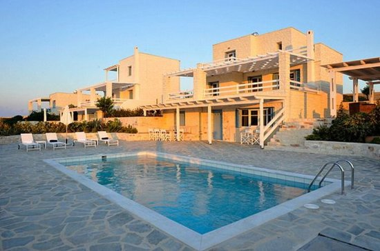Stagones Luxury Villas: Exterior