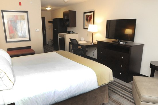 Cambridge, OH: Single Bed Guest Room