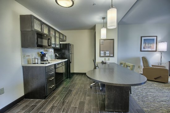 Grove City, OH: Our One Bedroom kitchen