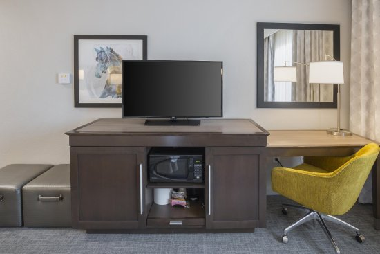 Colleyville, TX: Room HDTV and Work Desk