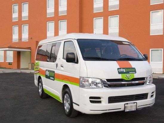 City Express Junior Toluca : camioneta