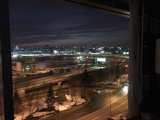 Hilton Boston Logan Airport: photo2.jpg