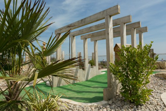 Greensward Adventure Golf